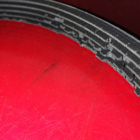 Serpentine-belt-cracking